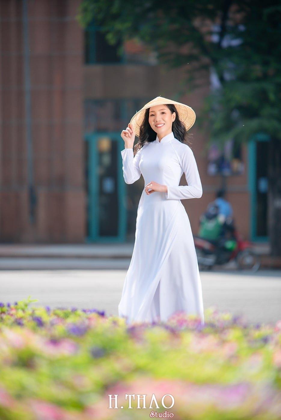 Ao dai nha tho duc ba 22 - Tổng hợp album ảnh áo dài chụp tại nhà thờ Đức Bà - HThao Studio