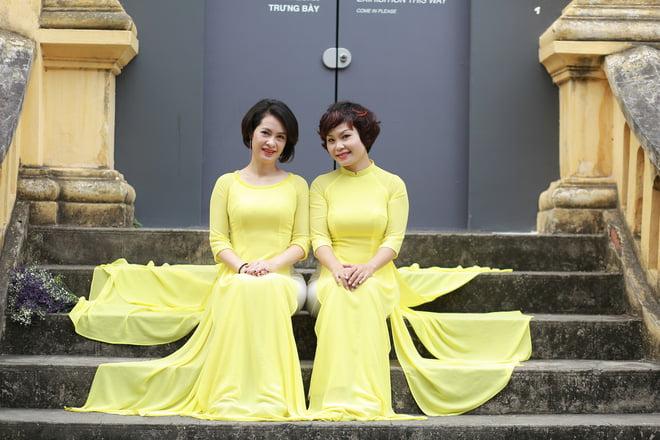Ao dai nhom dep 10 - 30+ cách tạo dáng chụp ảnh áo dài nhóm đẹp miễn chê – HThao Studio