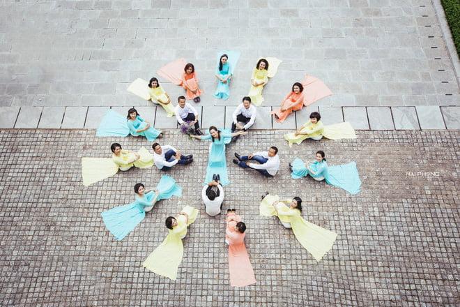 Ao dai nhom dep 5 - 30+ cách tạo dáng chụp ảnh áo dài nhóm đẹp miễn chê – HThao Studio