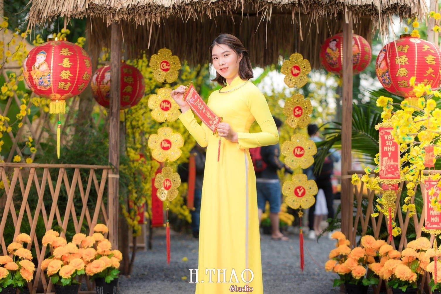 Ao dai tet 10 - Top 40 ảnh áo dài chụp với Hoa đào, hoa mai tết tuyệt đẹp- HThao Studio