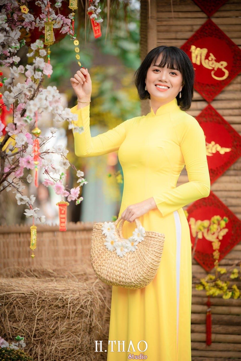 Ao dai tet 2021 11 - Album áo dài xuân chị Trang chụp tại Alibaba tuyệt đẹp - HThao Studio
