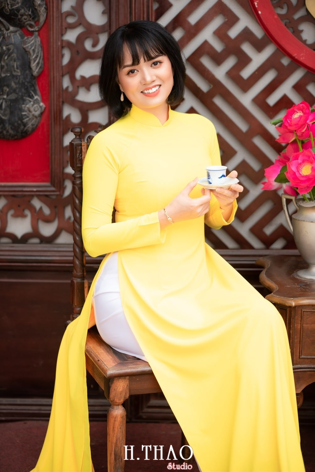Ao dai tet 2021 14 - Báo giá chụp ảnh áo dài trọn gói tại Tp.HCM - HThao Studio