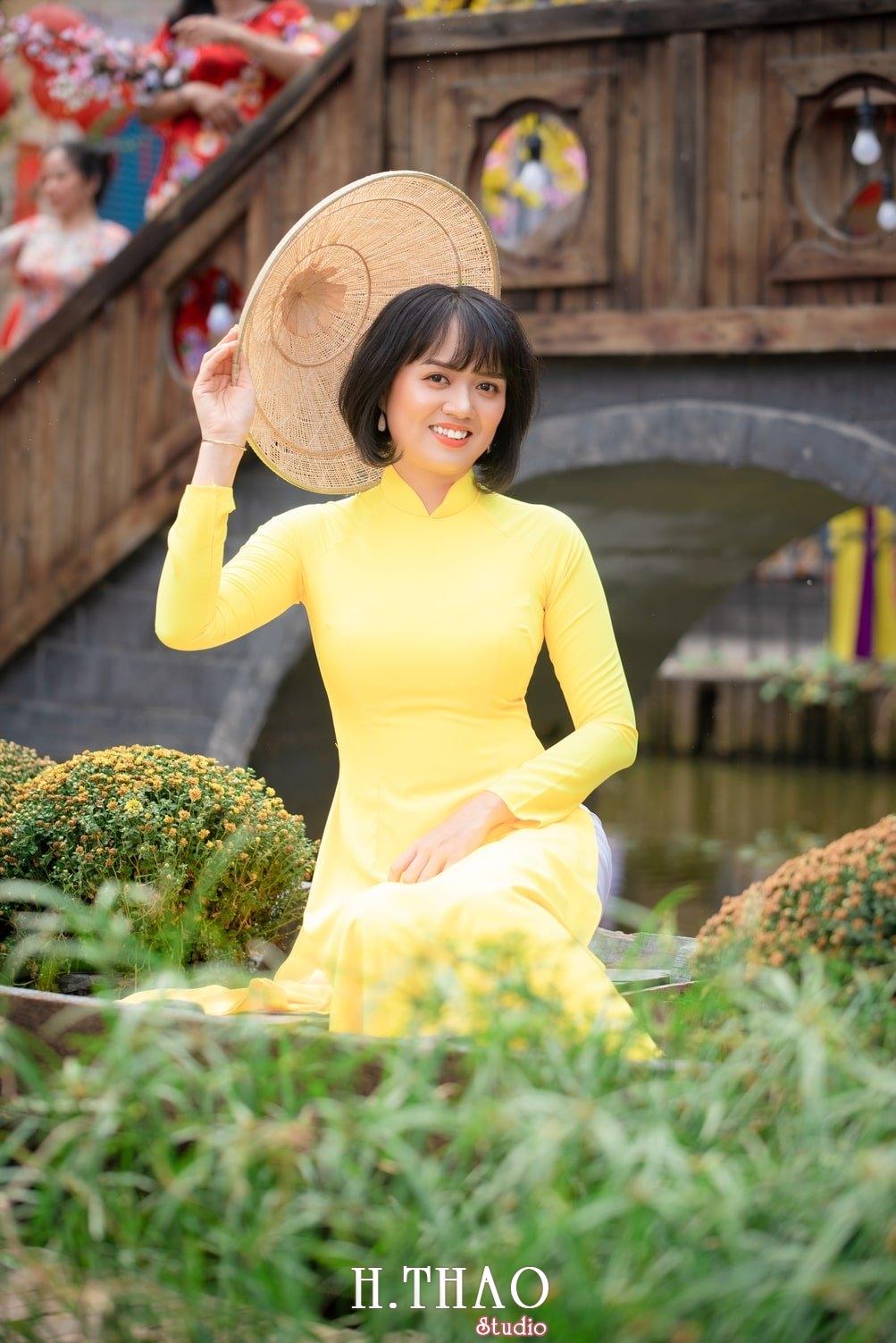 Ao dai tet 2021 15 - Album áo dài xuân chị Trang chụp tại Alibaba tuyệt đẹp - HThao Studio