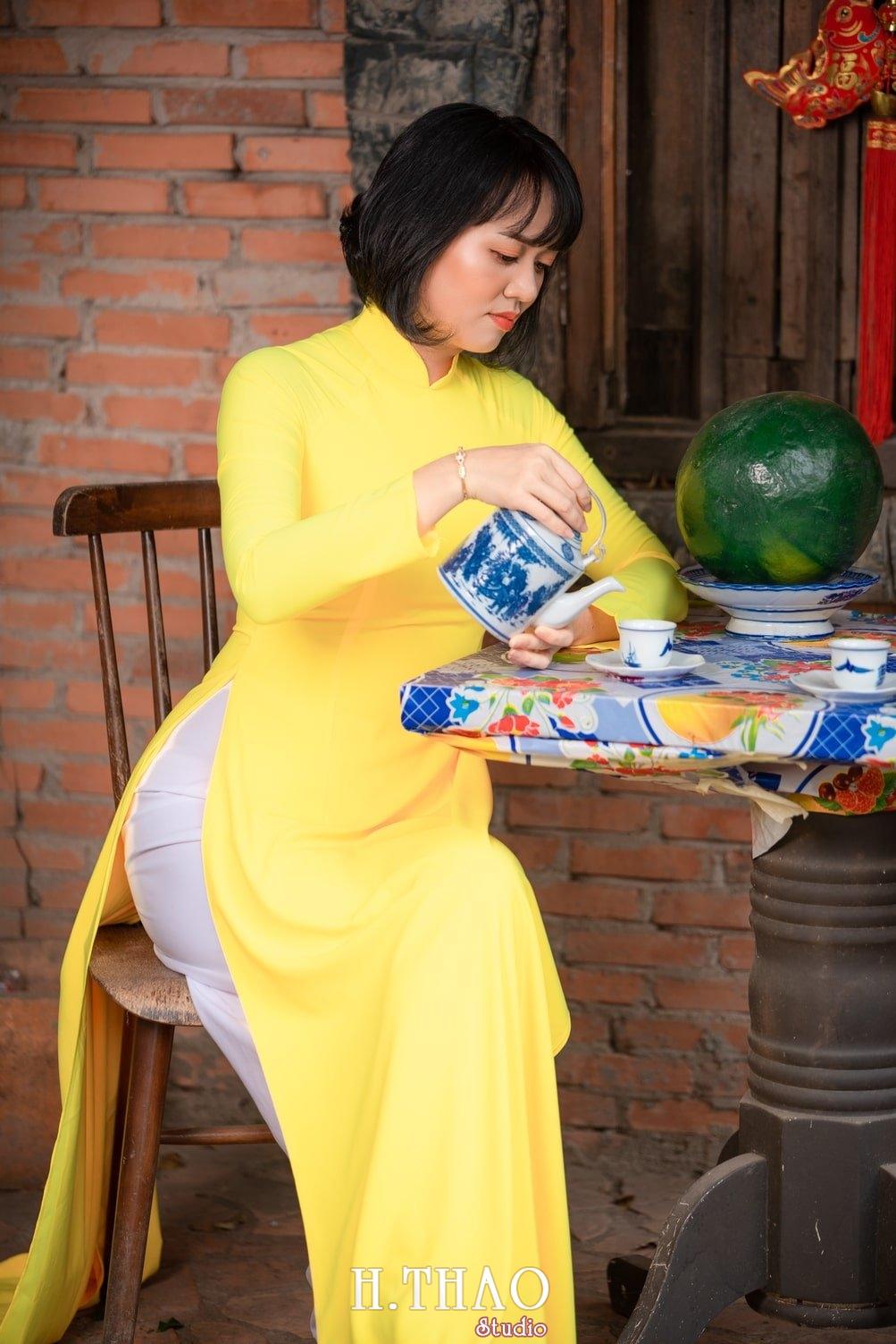 Ao dai tet 2021 16 - Album áo dài xuân chị Trang chụp tại Alibaba tuyệt đẹp - HThao Studio