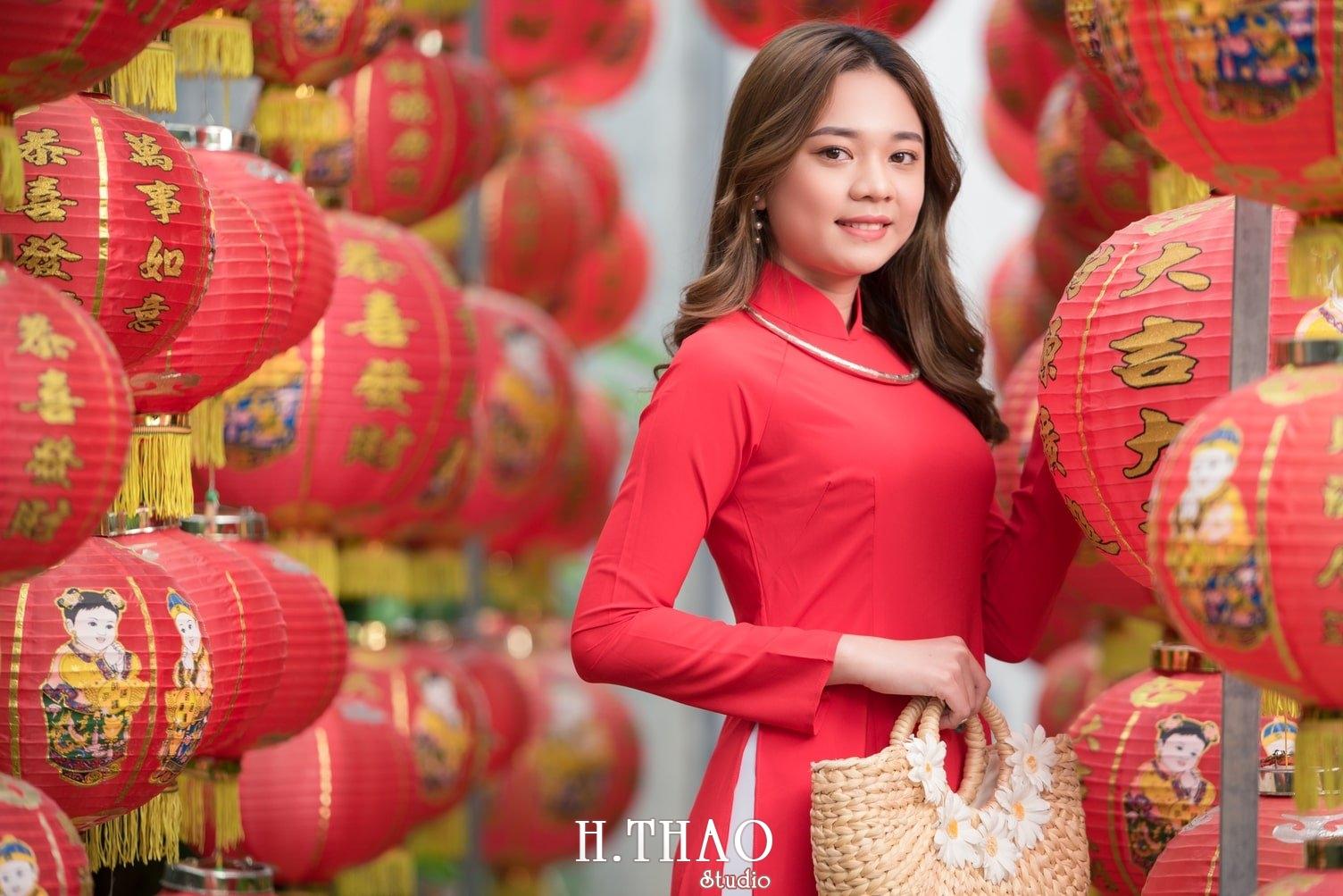 Ao dai tet do 15 - Top 40 ảnh áo dài chụp với Hoa đào, hoa mai tết tuyệt đẹp- HThao Studio