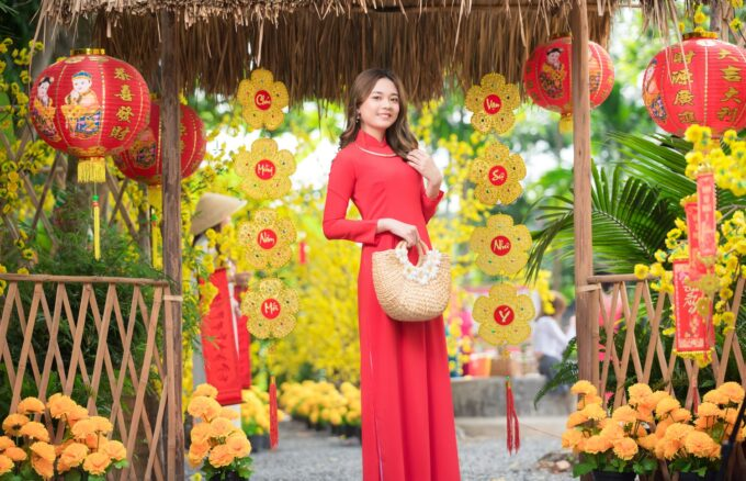 Ao dai tet do 17 680x438 - Home