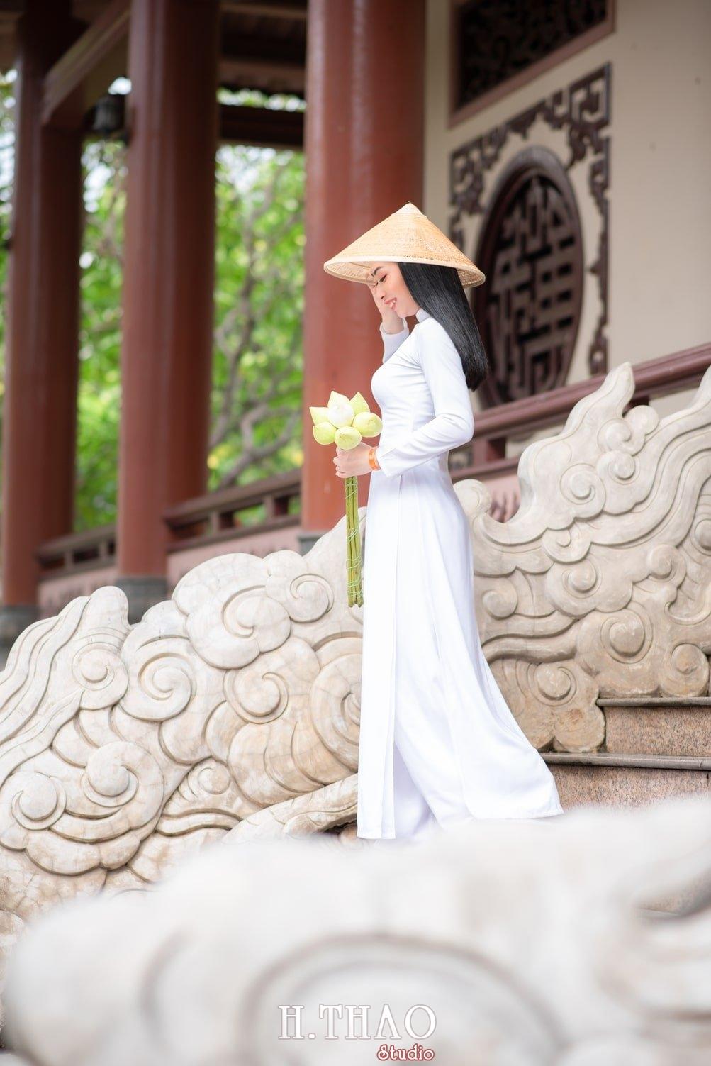 Ao dai trang 11 - Album áo dài trắng tại Thiền Viện Vạn Hạnh - HThao Studio