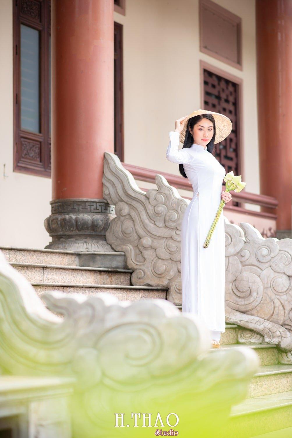 Ao dai trang 8 - Báo giá chụp ảnh áo dài trọn gói tại Tp.HCM - HThao Studio