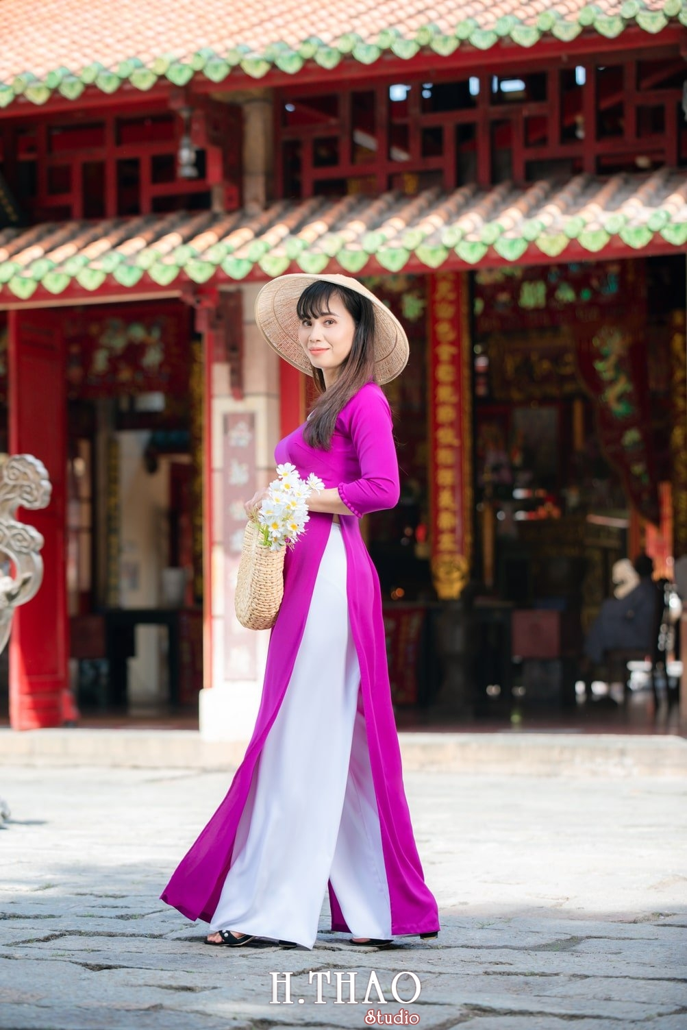 Ao dai viet nam 13 - Báo giá chụp ảnh áo dài trọn gói tại Tp.HCM - HThao Studio