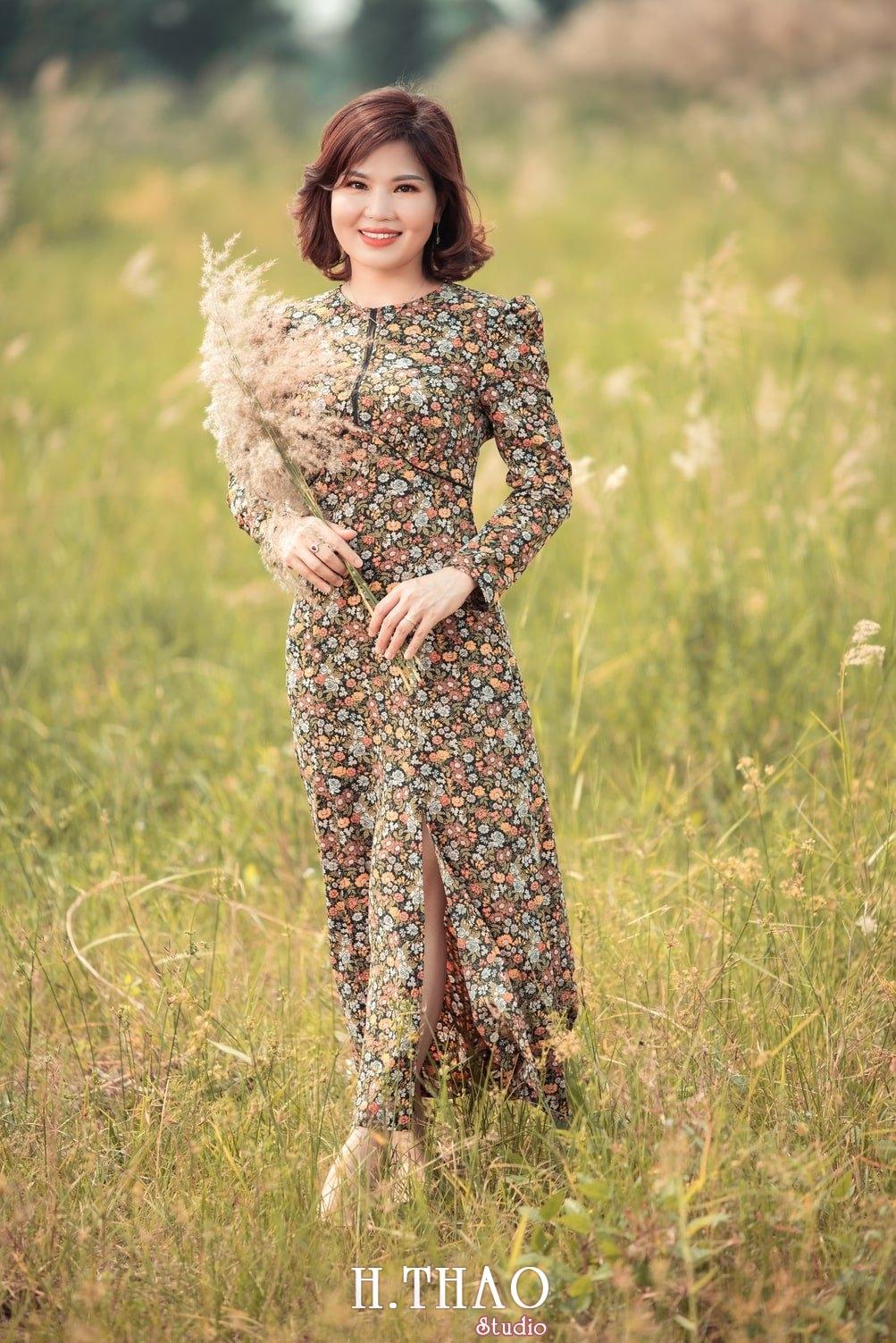 Canh Dong Co Lau 10 - Chụp ảnh với cánh đồng cỏ lau quận 9 tuyệt đẹp - HThao Studio
