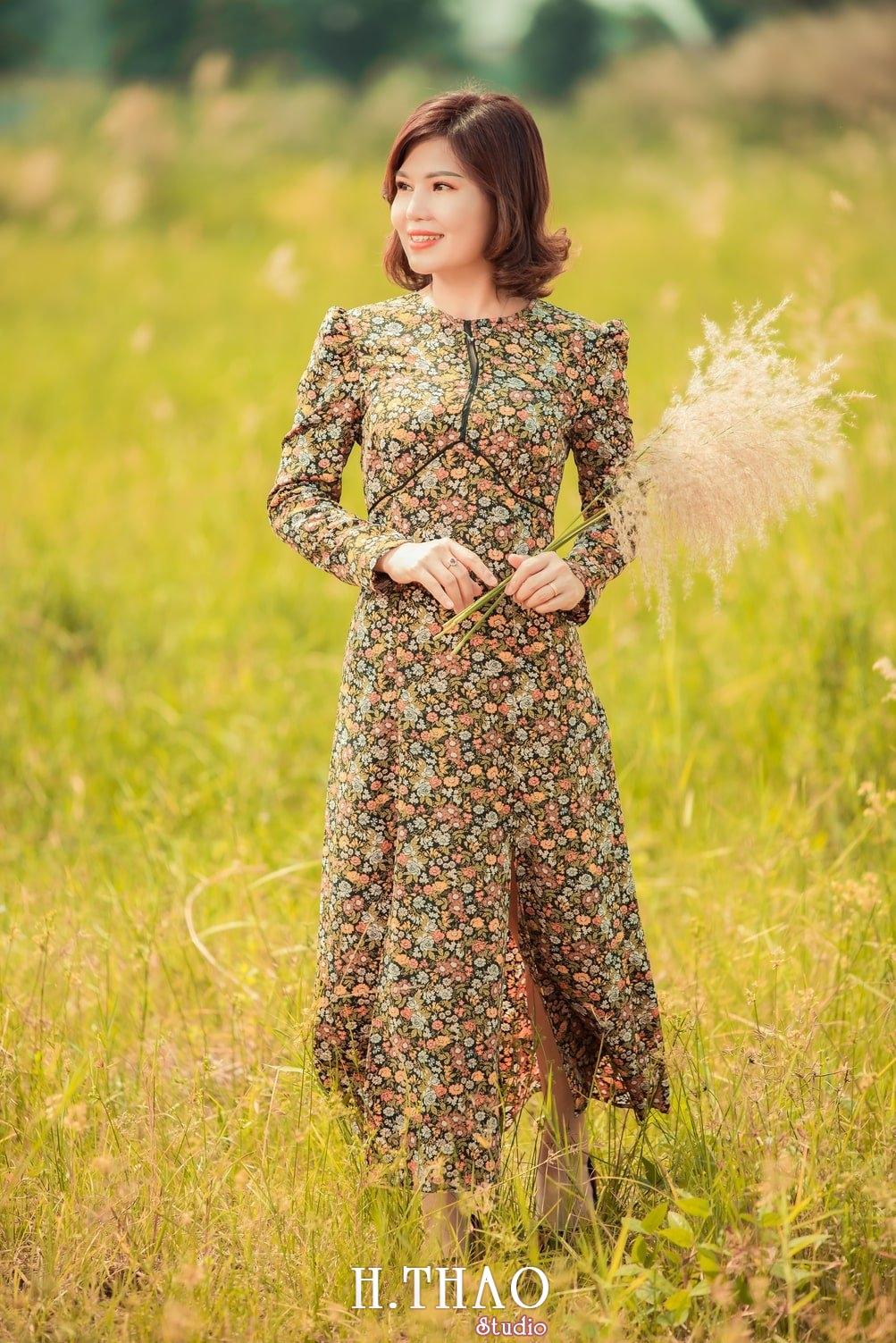 Canh Dong Co Lau 12 - Chụp ảnh với cánh đồng cỏ lau quận 9 tuyệt đẹp - HThao Studio