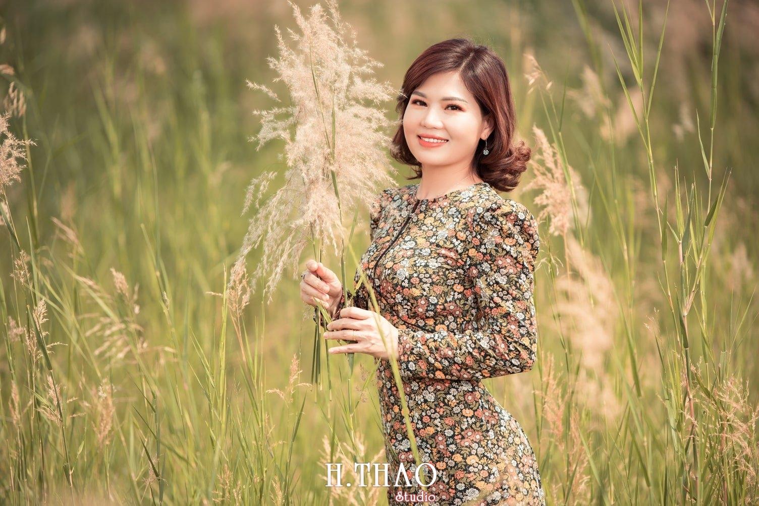 Canh Dong Co Lau 6 - Chụp ảnh với cánh đồng cỏ lau quận 9 tuyệt đẹp - HThao Studio