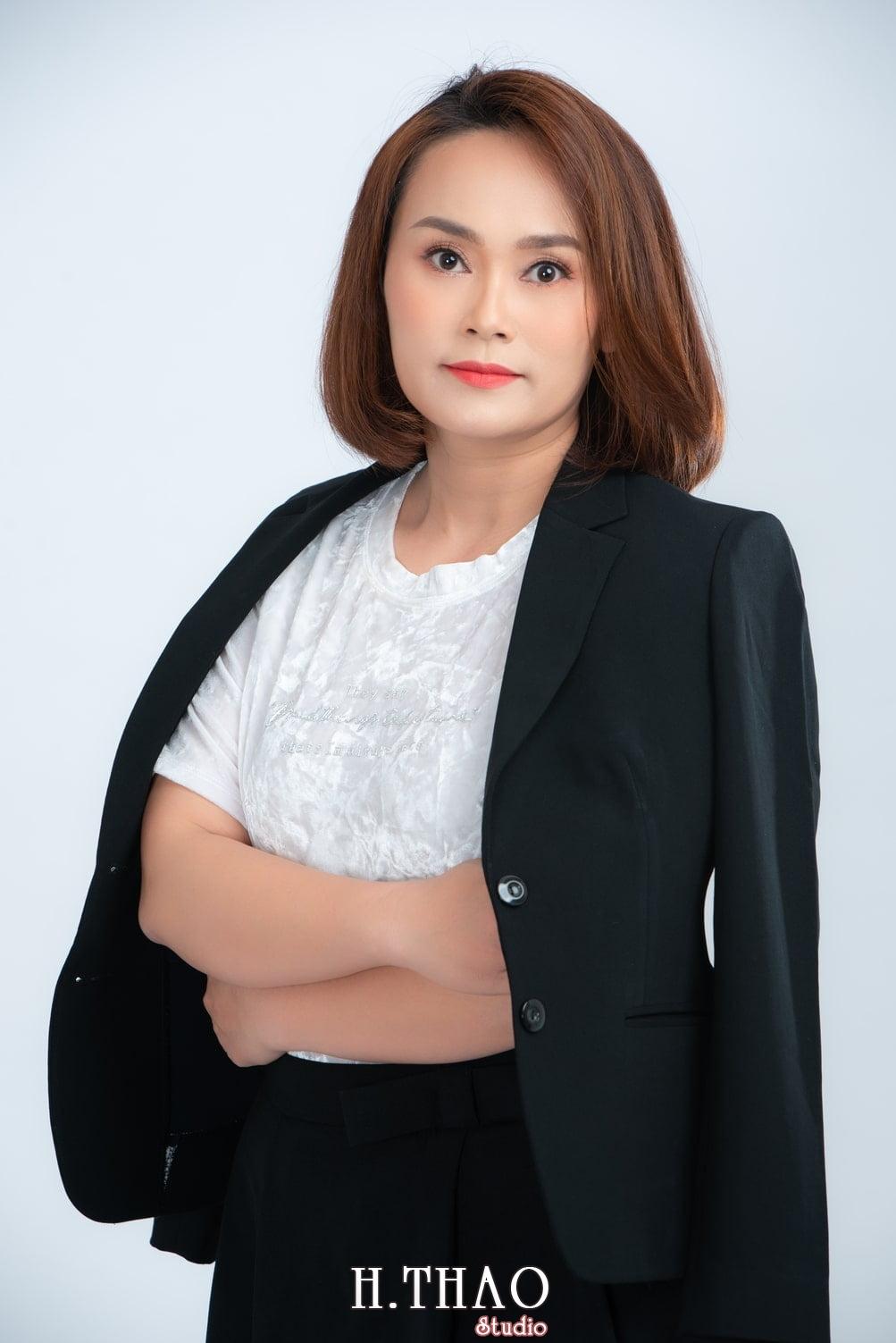 Chi Kim 1 - Album ảnh doanh nhân nữ: chị Kim đẹp nhẹ nhàng - HThao Studio