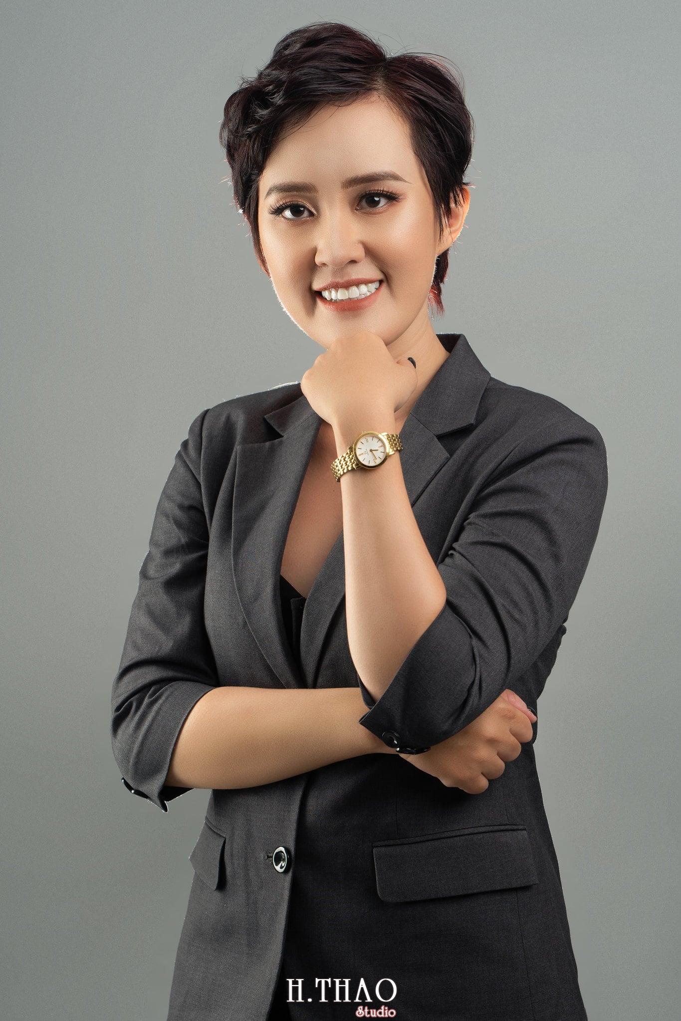 Chi Kim Chi 5 min - Album nữ doanh nhân cá tính Kim Chi nét đẹp lai tây - HThao Studio