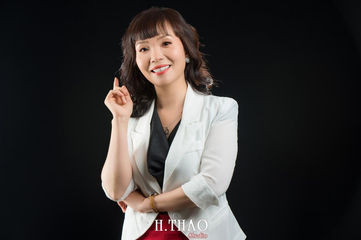 Chi Quynh 1 - Bộ ảnh Doanh nhân, Tiến sĩ V.T.B Quỳnh đẹp, sang trọng - HThao Studio