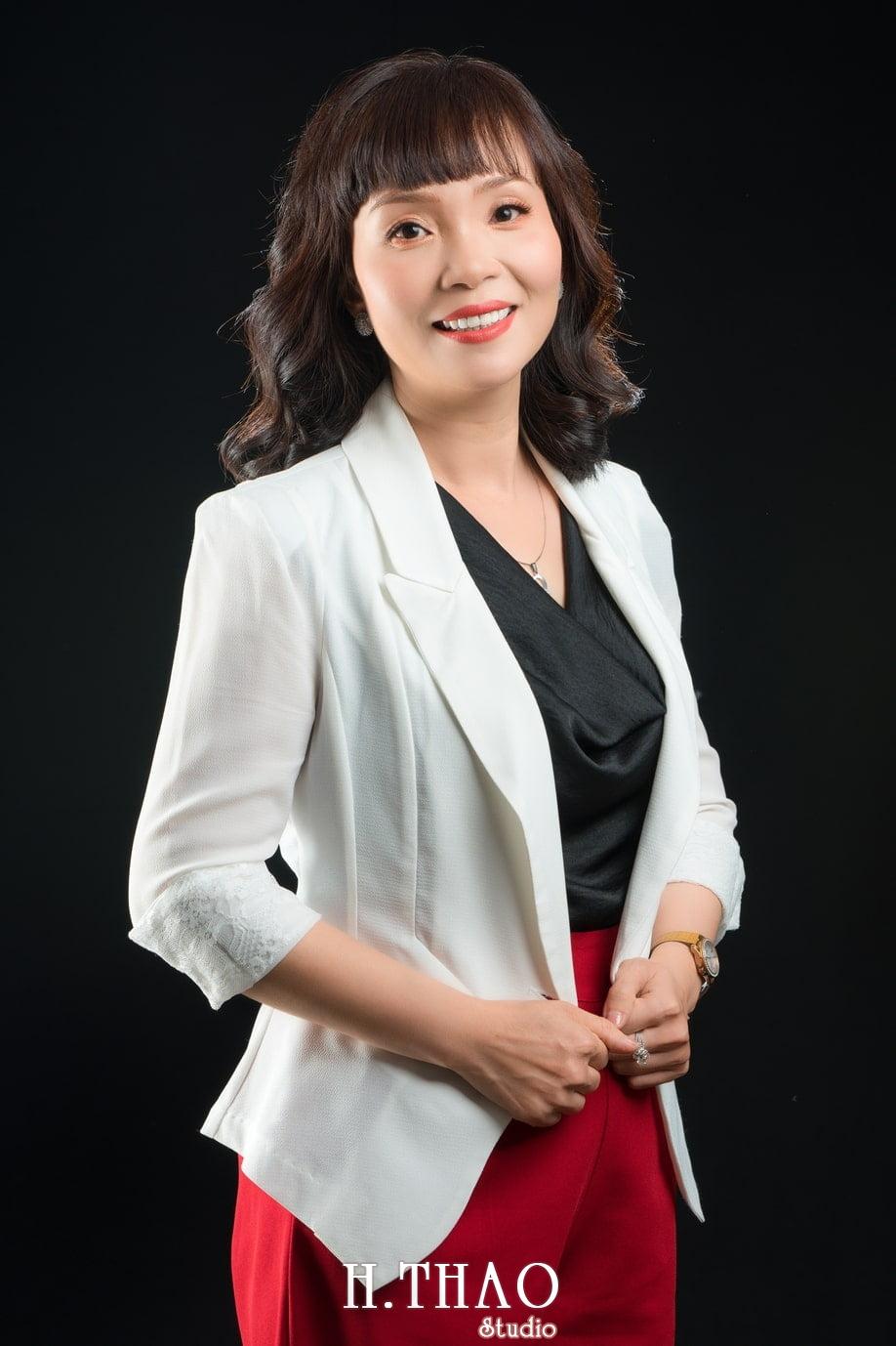 Chi Quynh 2 - Bộ ảnh Doanh nhân, Tiến sĩ V.T.B Quỳnh đẹp, sang trọng - HThao Studio
