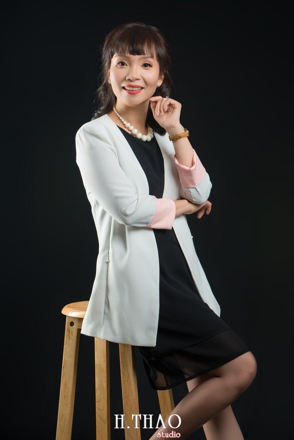 Chi Quynh 6 - Bộ ảnh Doanh nhân, Tiến sĩ V.T.B Quỳnh đẹp, sang trọng - HThao Studio