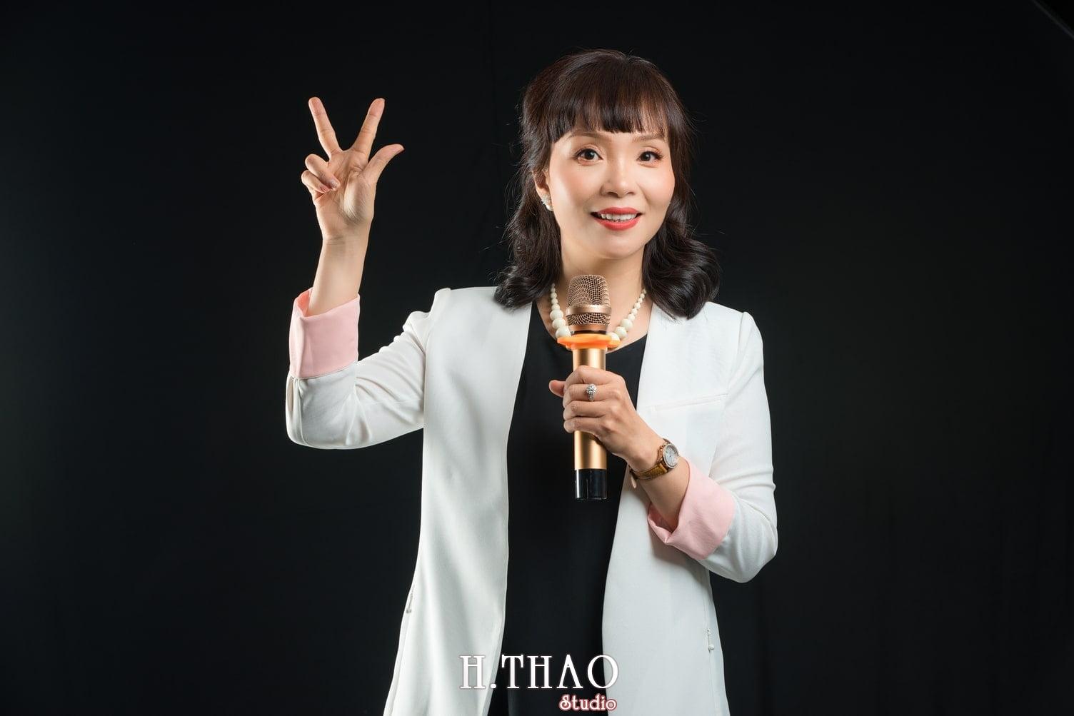 Chi Quynh 7 - Bộ ảnh Doanh nhân, Tiến sĩ V.T.B Quỳnh đẹp, sang trọng - HThao Studio