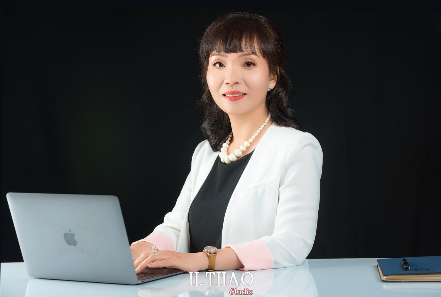 Chi Quynh 9 - Bộ ảnh Doanh nhân, Tiến sĩ V.T.B Quỳnh đẹp, sang trọng - HThao Studio