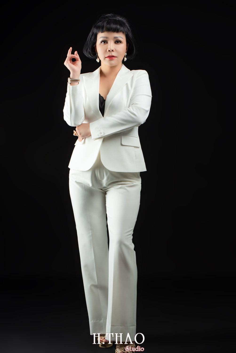 Doanh nhan dao tao 4 - Album nữ doanh nhân ngành đào tạo giải pháp Hoàng Dung
