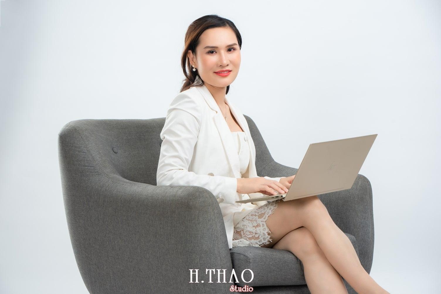 Doanh nhan nu 12 - Ảnh nữ doanh nhân bất động sản, phó TGĐ Express Ms.Nho – HThao Studio