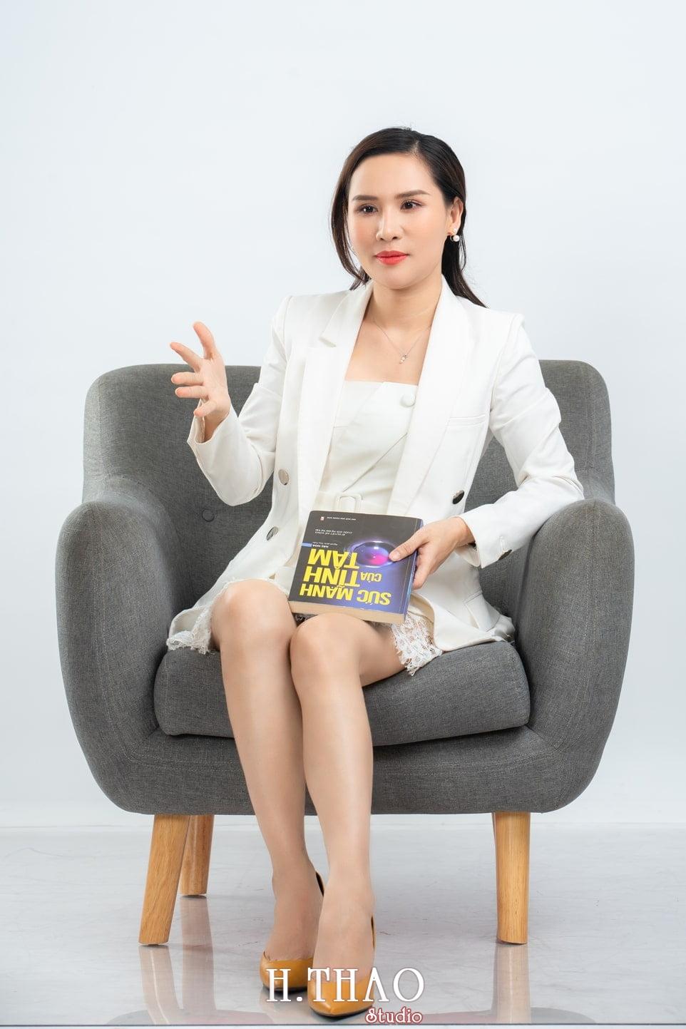 Doanh nhan nu 16 - Ảnh nữ doanh nhân bất động sản, phó TGĐ Express Ms.Nho – HThao Studio