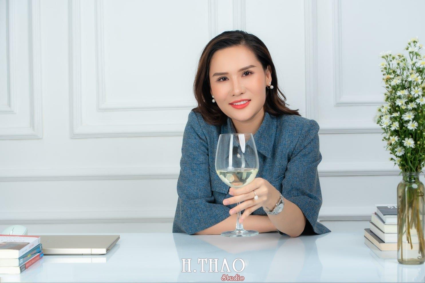 Doanh nhan nu 8 - Ảnh nữ doanh nhân bất động sản, phó TGĐ Express Ms.Nho – HThao Studio