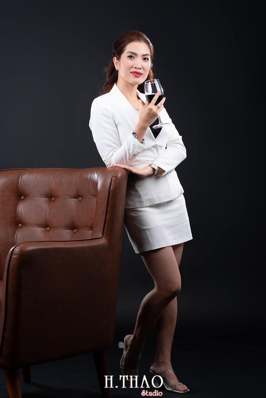 Doanh nhan nu dep 10 - Tổng hợp ảnh đẹp doanh nhân, profile, art tháng 4 – HThao Studio