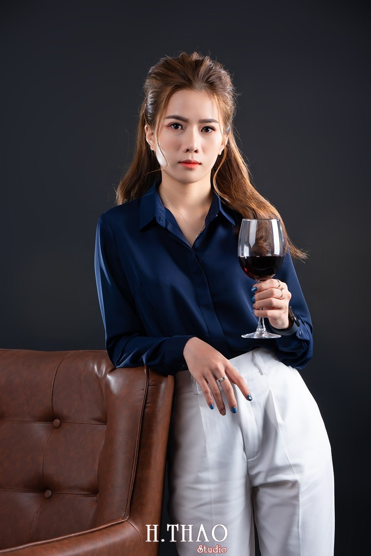 Doanh nhan tai chinh 12 - Album doanh nhân tài chính Ngọc Mai đẹp sang trọng - HThao Studio
