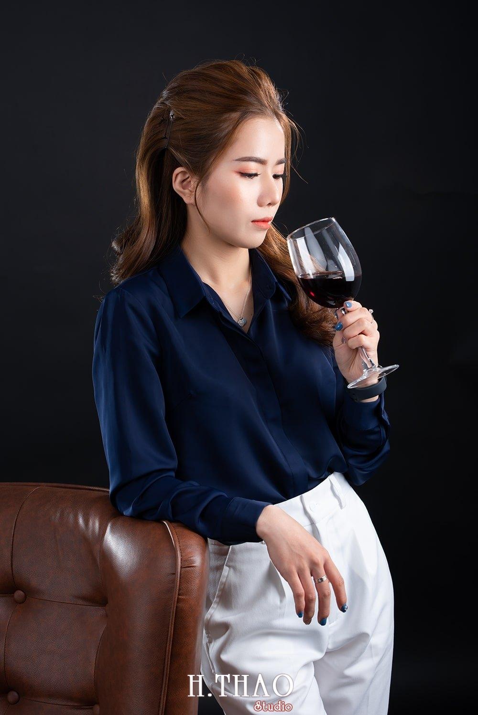 Doanh nhan tai chinh 14 - Album doanh nhân tài chính Ngọc Mai đẹp sang trọng - HThao Studio