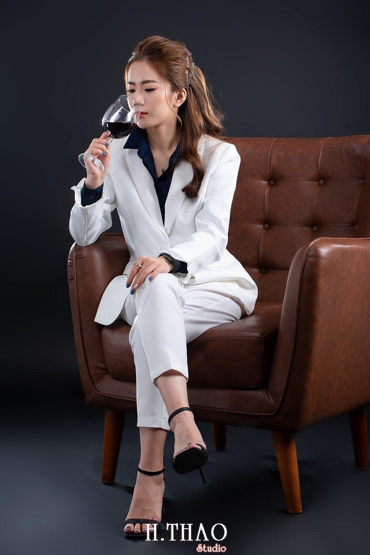 Doanh nhan tai chinh 18 - Album doanh nhân tài chính Ngọc Mai đẹp sang trọng - HThao Studio