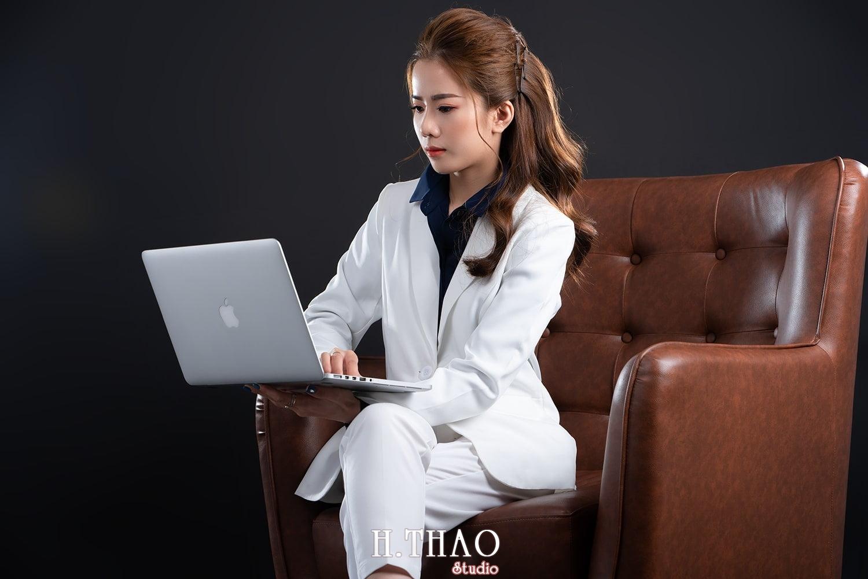 Doanh nhan tai chinh 19 - Album doanh nhân tài chính Ngọc Mai đẹp sang trọng - HThao Studio