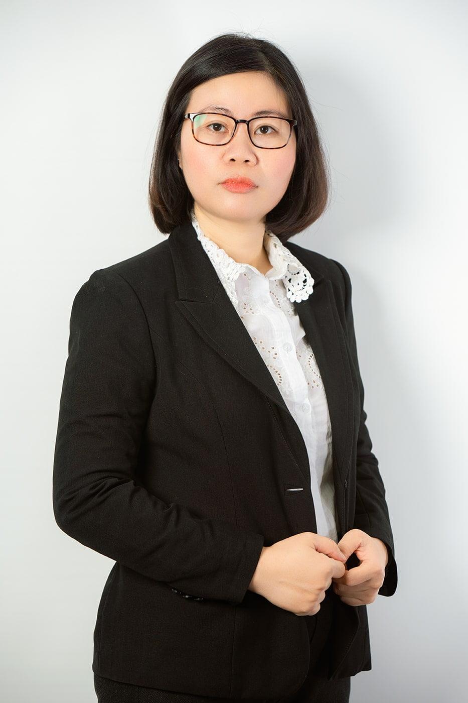 Profile cong ty 25 - Album chụp ảnh profile công ty Luật Dzungsrt Law - HThao Studio