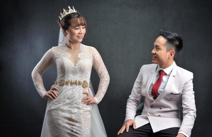 Anh cuoi style Han quoc 9 min 680x438 - Chụp ảnh cưới đơn giản mà đẹp tại studio – HThao Studio Tp.HCM