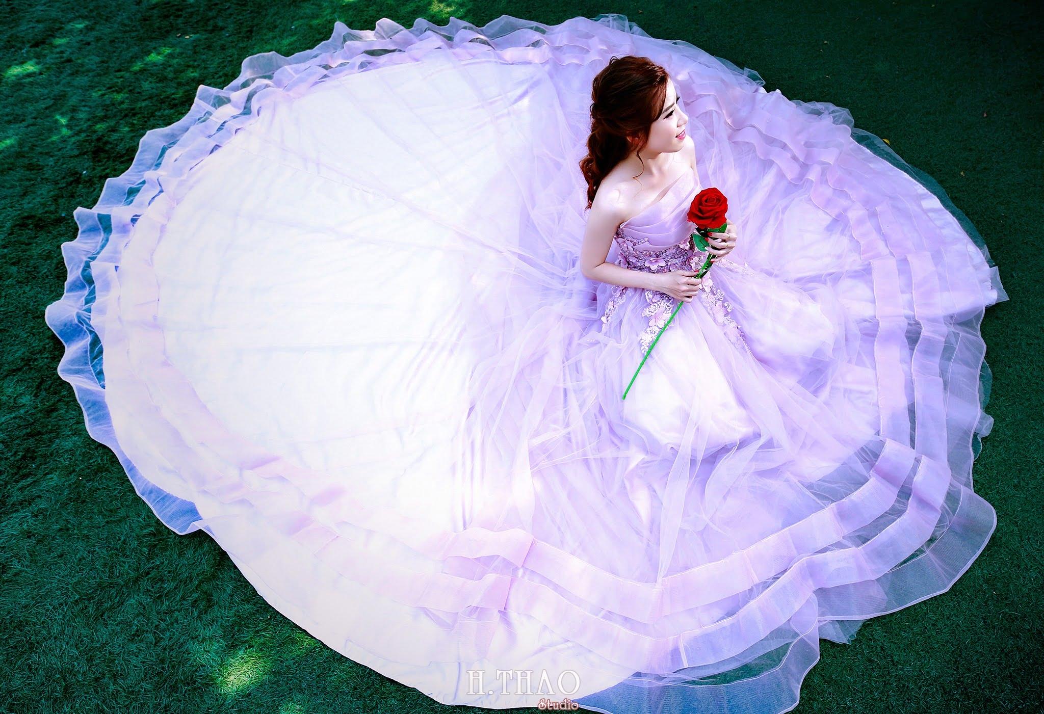 Ảnh chụp cô dâu đơn nhẹ nhàng