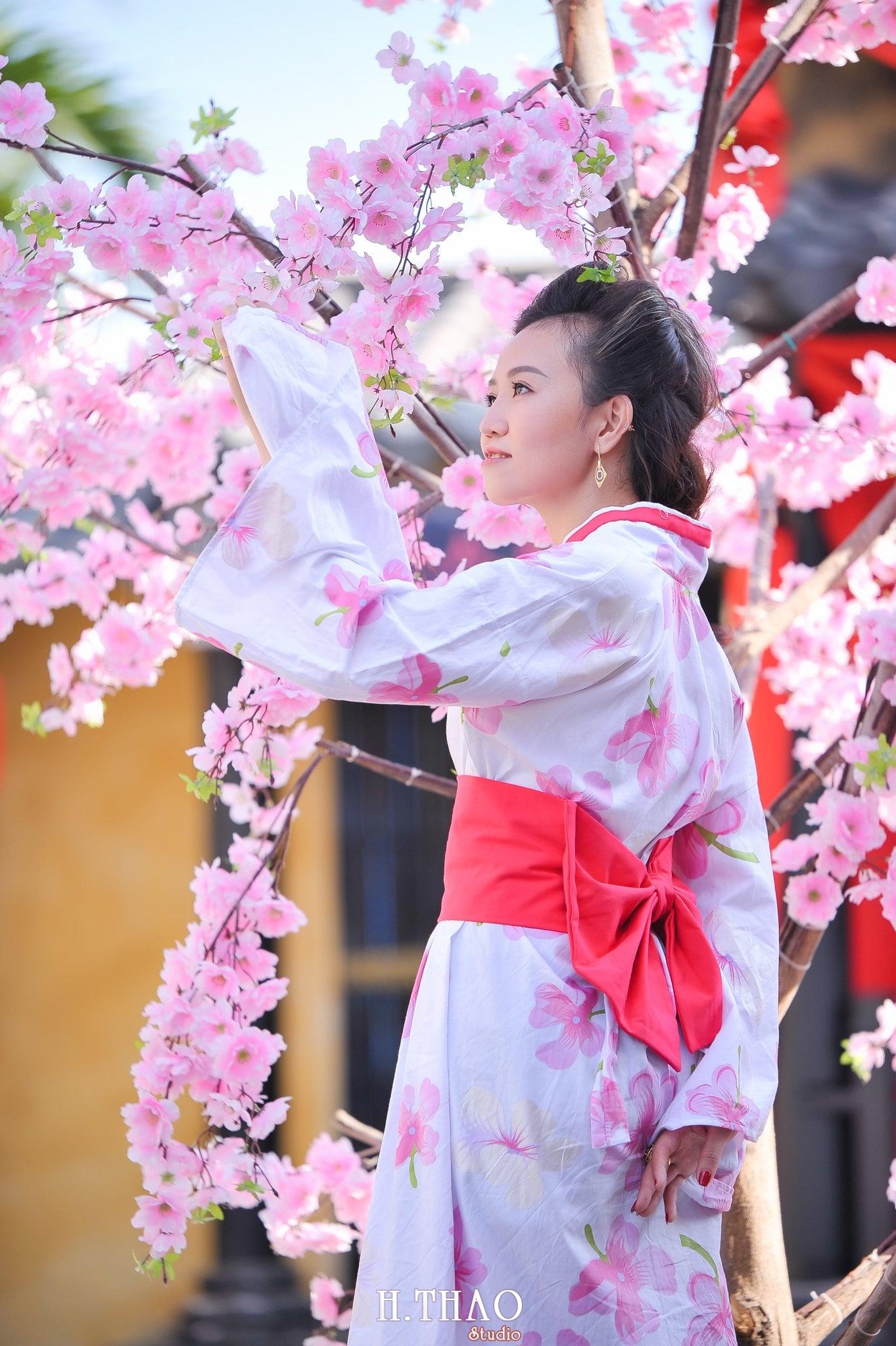 chụp hình với kimono