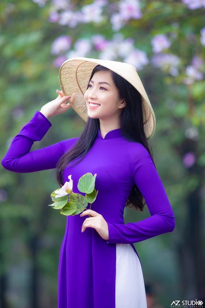 tao dang chup anh ao dai 3 - 49 cách tạo dáng chụp ảnh với áo dài tuyệt đẹp - HThao Studio