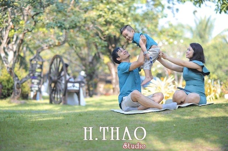 Anh gia dinh 1 - Studio chụp hình gia đình đẹp, chuyên nghiệp ở Tp.HCM