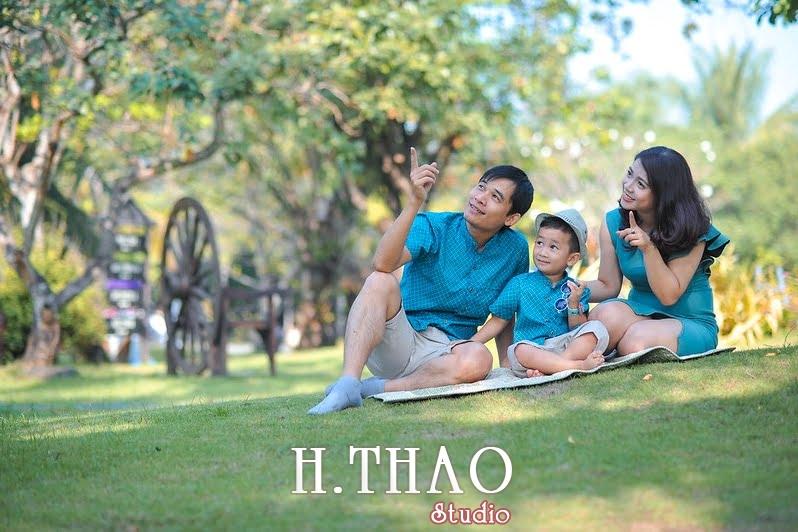 Anh gia dinh 9 - Studio chụp hình gia đình đẹp, chuyên nghiệp ở Tp.HCM