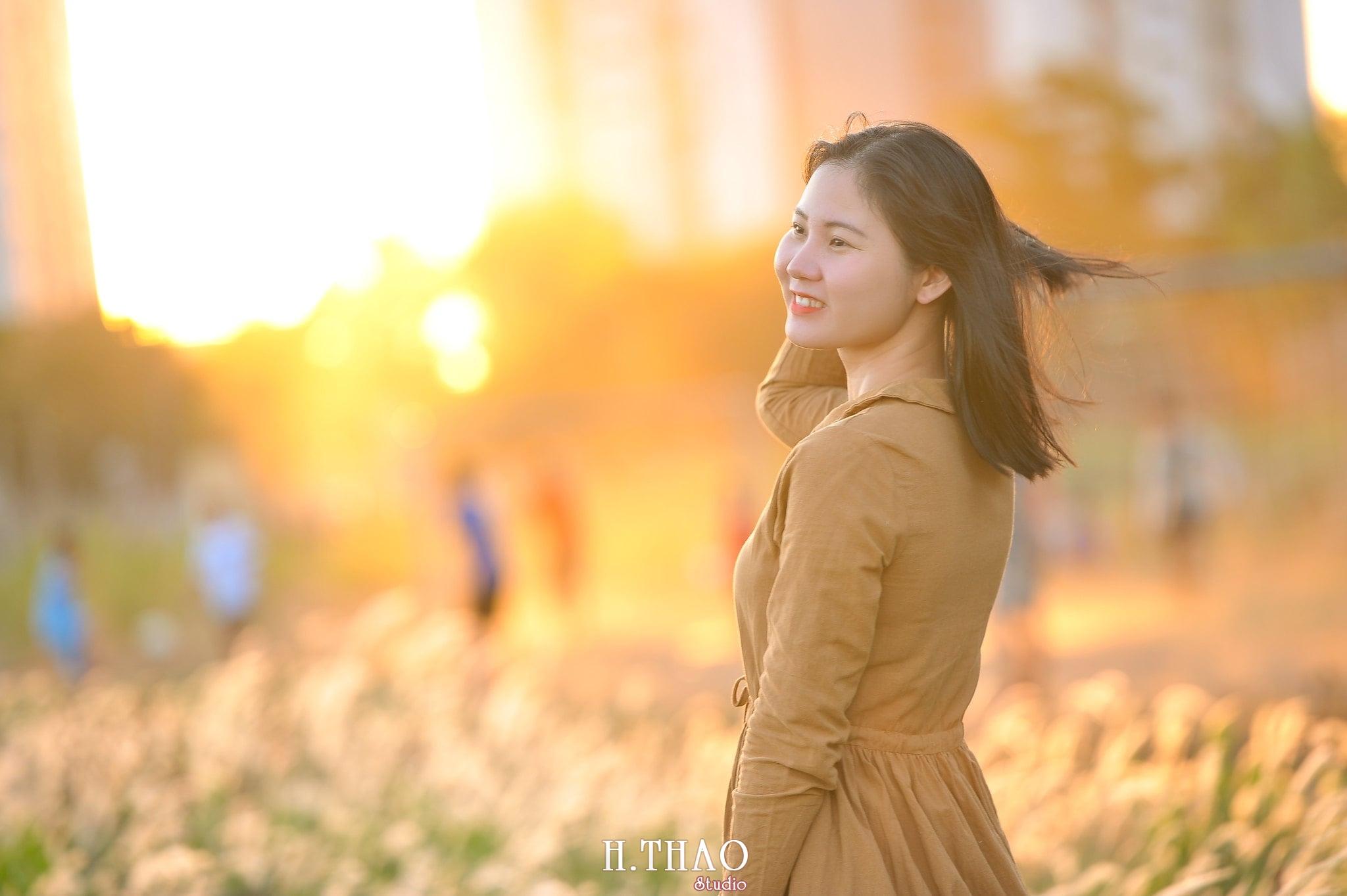 Co lau quan 9 9 min - Góc ảnh cỏ lau quận 2 tuyệt đẹp với nắng chiều - HThao Studio