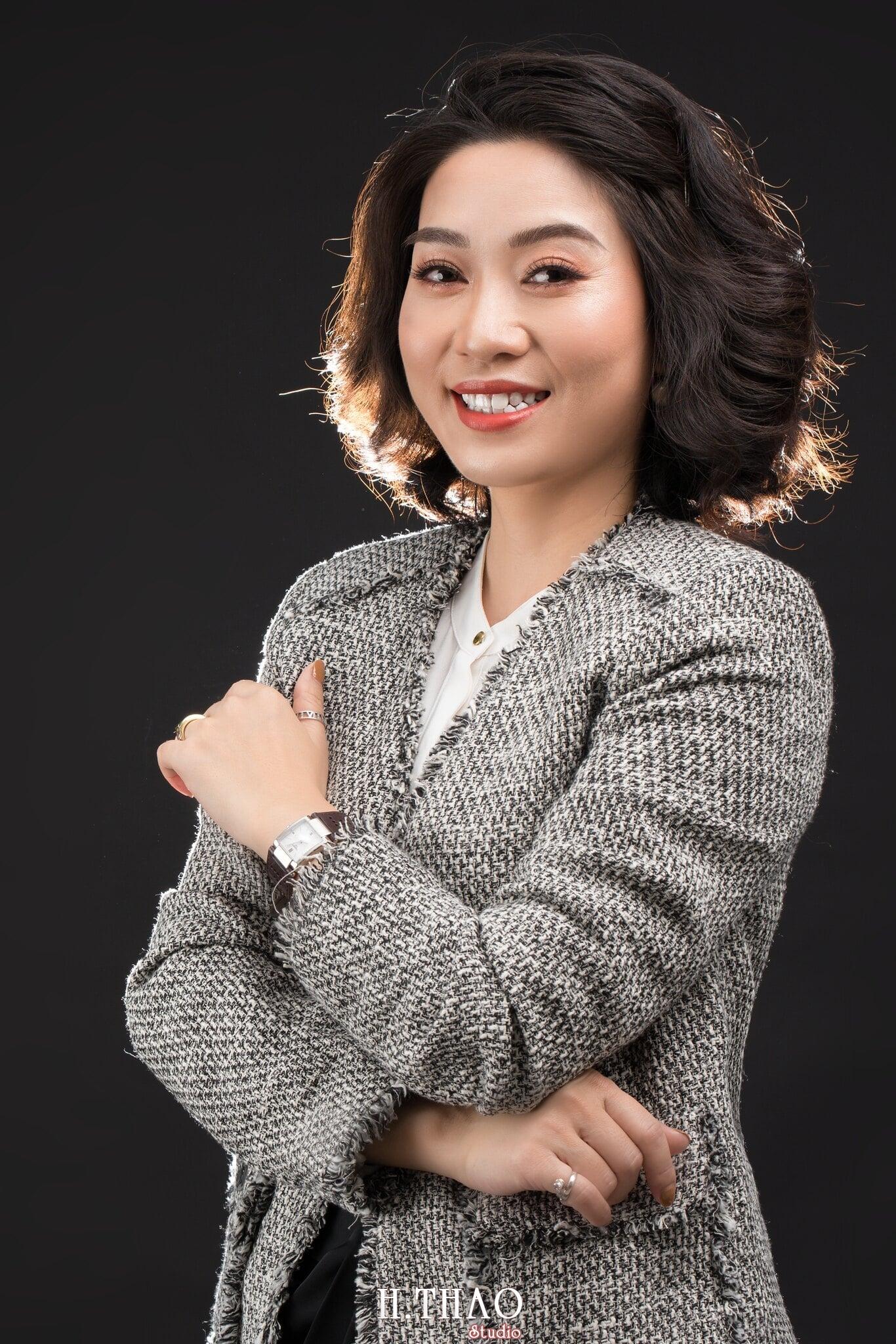Doanh nhan nu 11 - Chụp ảnh nữ doanh nhân Lan Nguyễn tại HThao Studio – Tp.HCM