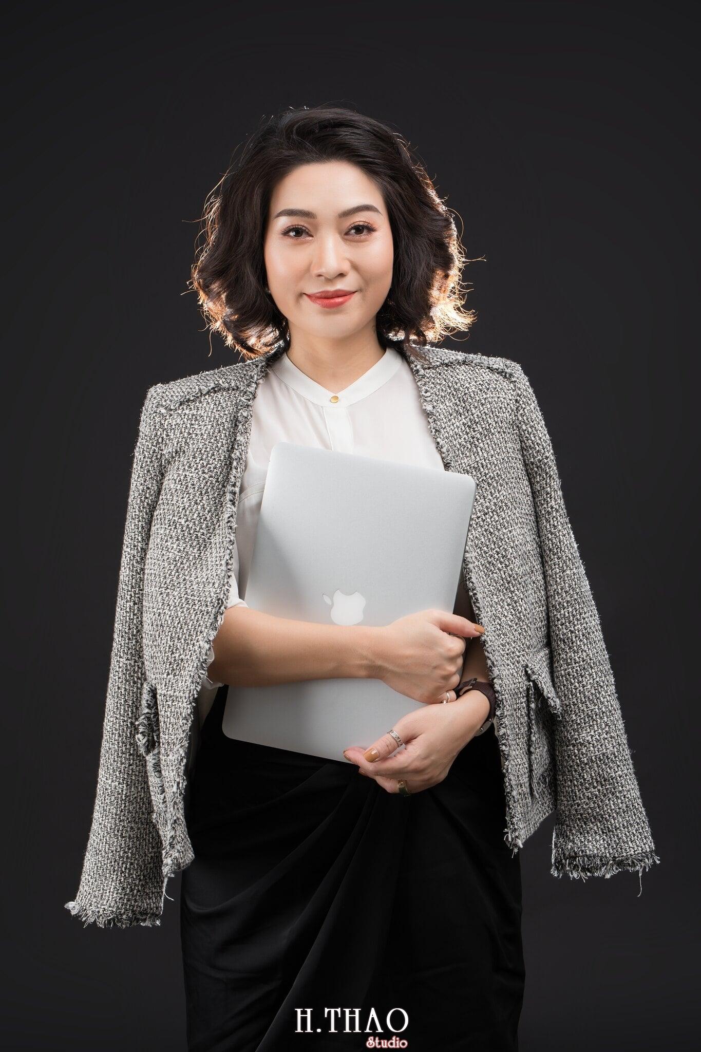 Doanh nhan nu 14 - Chụp ảnh nữ doanh nhân Lan Nguyễn tại HThao Studio – Tp.HCM