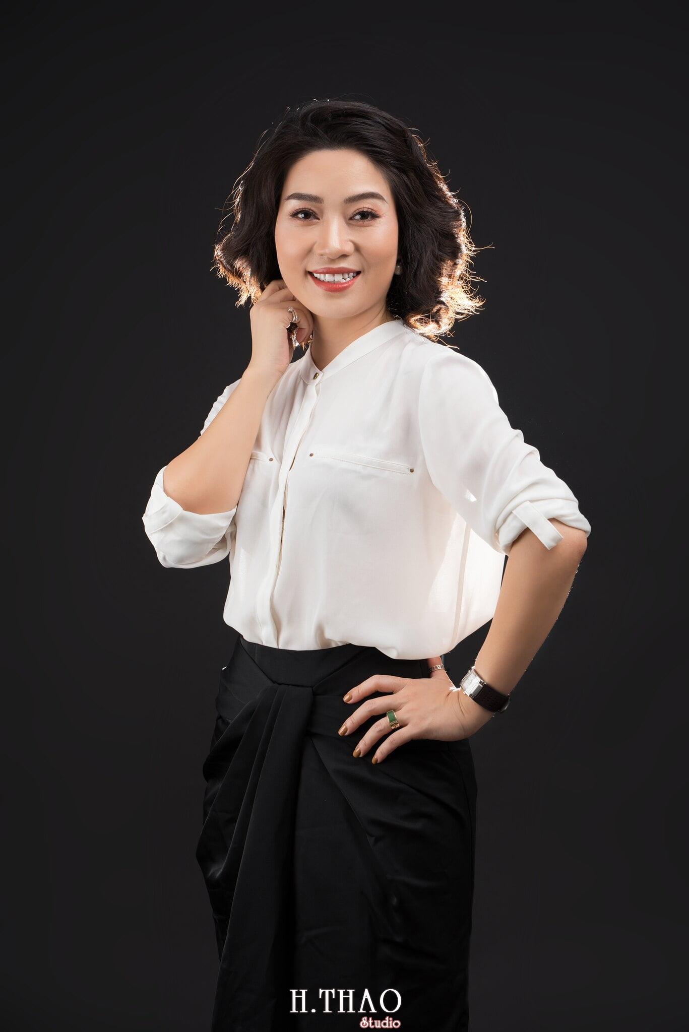 Doanh nhan nu 2 - Chụp ảnh nữ doanh nhân Lan Nguyễn tại HThao Studio – Tp.HCM