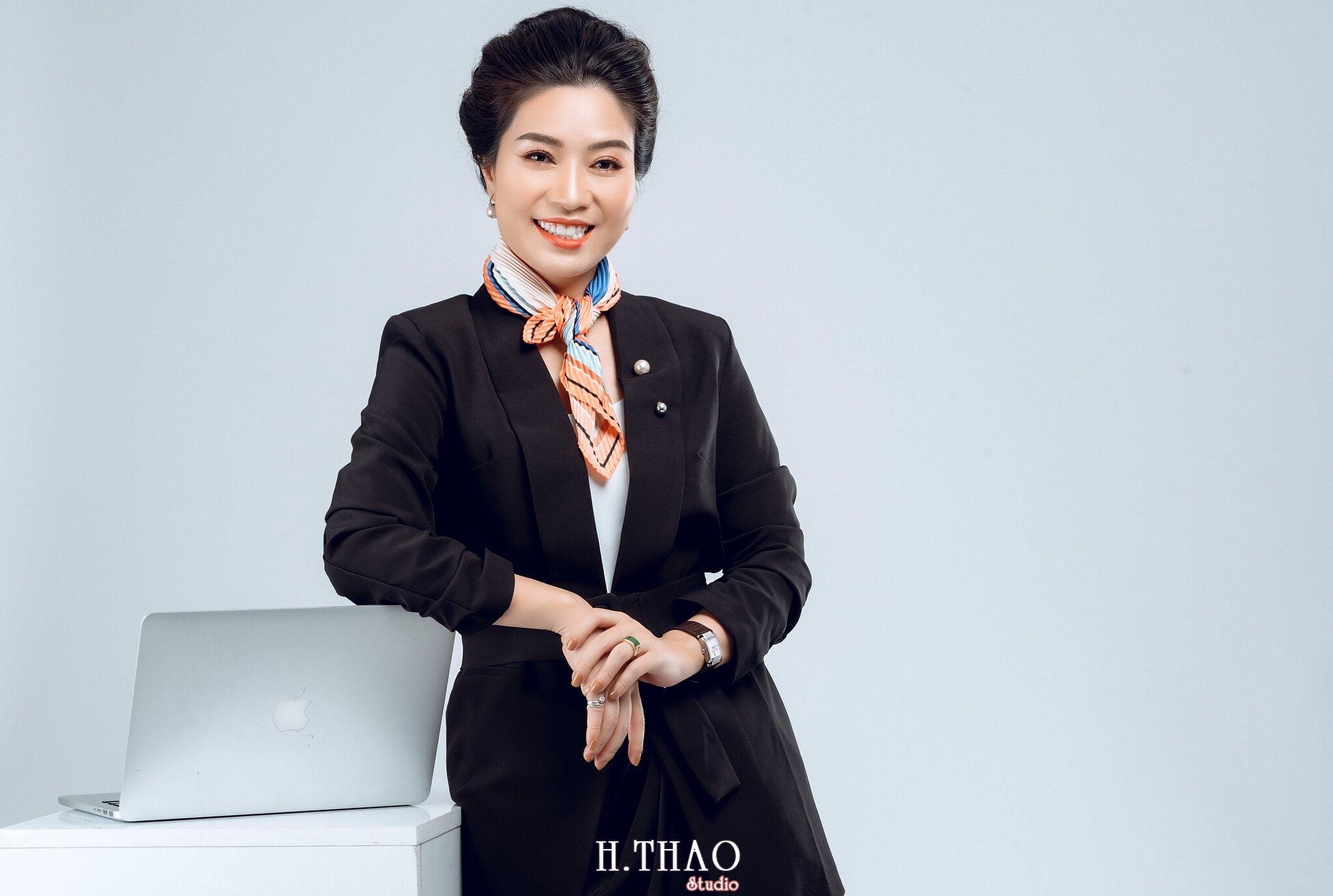 Doanh nhan nu 4 - Chụp ảnh nữ doanh nhân Lan Nguyễn tại HThao Studio – Tp.HCM