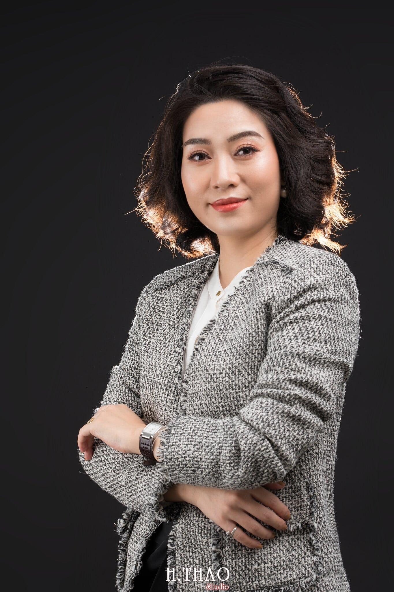 Doanh nhan nu 5 - Chụp ảnh nữ doanh nhân Lan Nguyễn tại HThao Studio – Tp.HCM