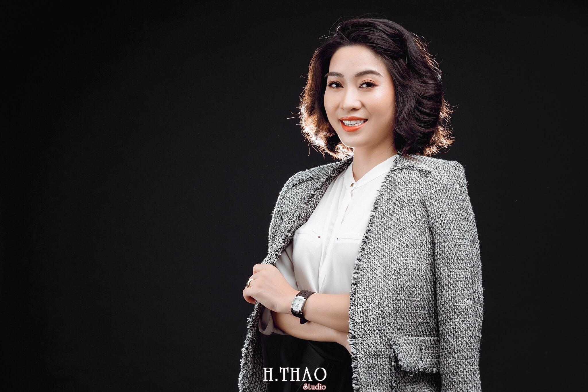 Doanh nhan nu 7 - Chụp ảnh nữ doanh nhân Lan Nguyễn tại HThao Studio – Tp.HCM
