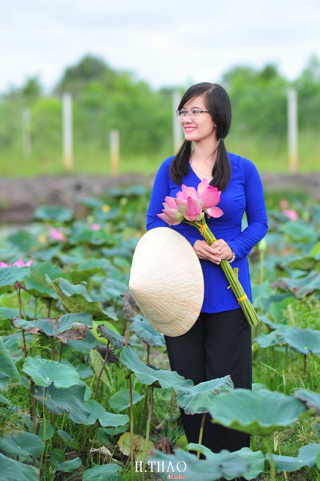 Hoa sen 12 - Tháng 6, chụp hình với hoa sen tại Tam đa quận 9 – Tp.HCM