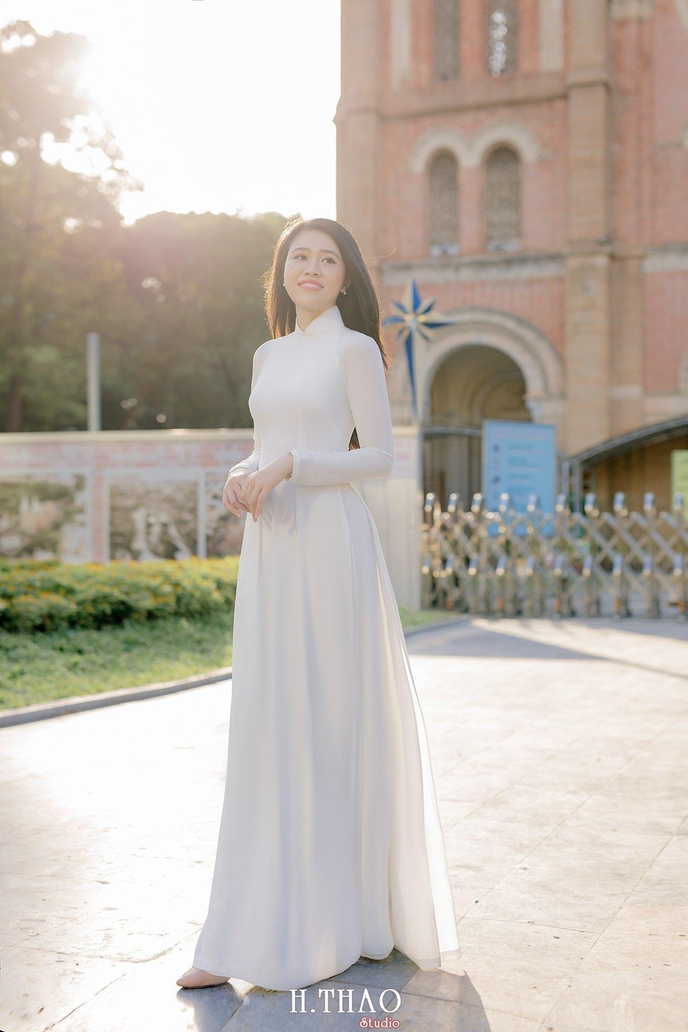 chụp ảnh áo dài ở nhà thờ đức bà