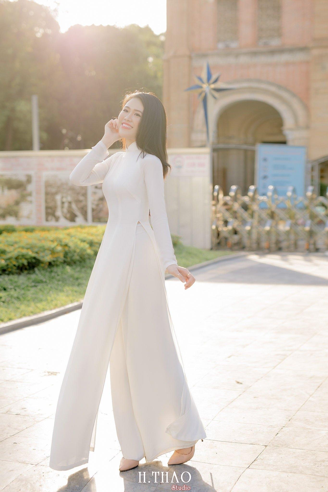 áo dài ở nhà thờ đức bà