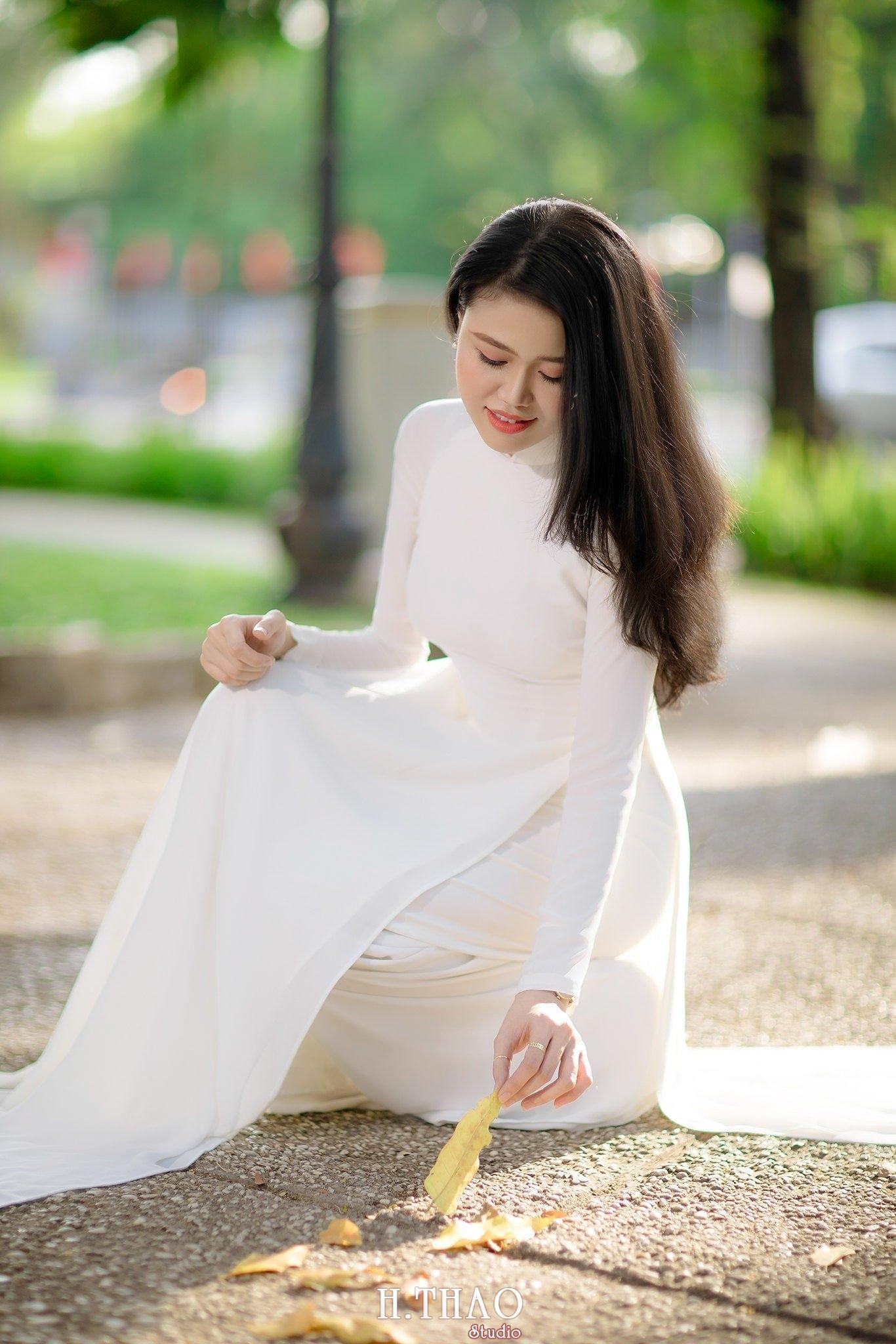 con gái mặc áo dài